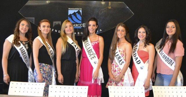 Se presentaron las candidatas a reina de la Fiesta Nacional del Chivo y la Fiesta Departamental de la Vendimia 2015. | Malargüe a Diario