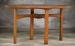 Cotswold School Furniture: Breakfast table, designed by Gordon Russell for The Russell Workshops, circa 1929. Walnut.