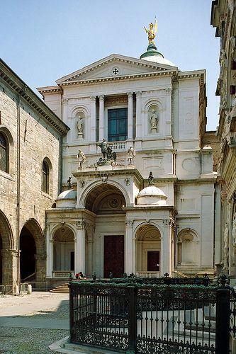 ) Bergamo: Duomo, province of bergamo , Lombardy region Italy