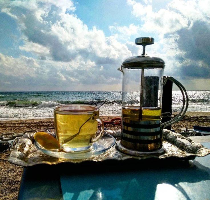 4g albatroshomesEscape, enjoy, relax ☕🌅 #teatime #cleopatrabeach #Alanya #holidayinturkey #greentea #relax #enjoy #afterrain #seaside #kleopatraplajı #аланья #пляжклеопатры #последождя #турция2017 #отпускнаморе #выходныенаморе #напляже #средиземноеморе #weekendonthebeach #akdeniz #mediterranean #happydays