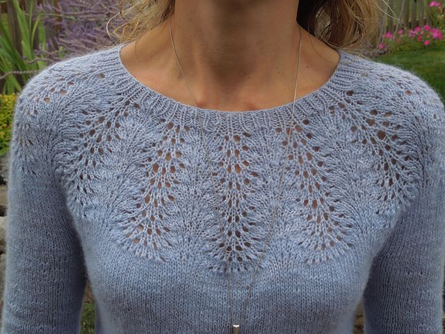 Smaragd by Svetlana Volkova knitting on Ravelry at http://www.ravelry.com/patterns/library/smaragd-2
