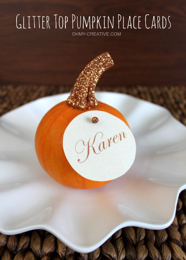 Easy to Create Round Glitter Top Pumpkin Place Cards for Fall or Thanksgiving entertaining  |  OHMY-CREATIVE.COM