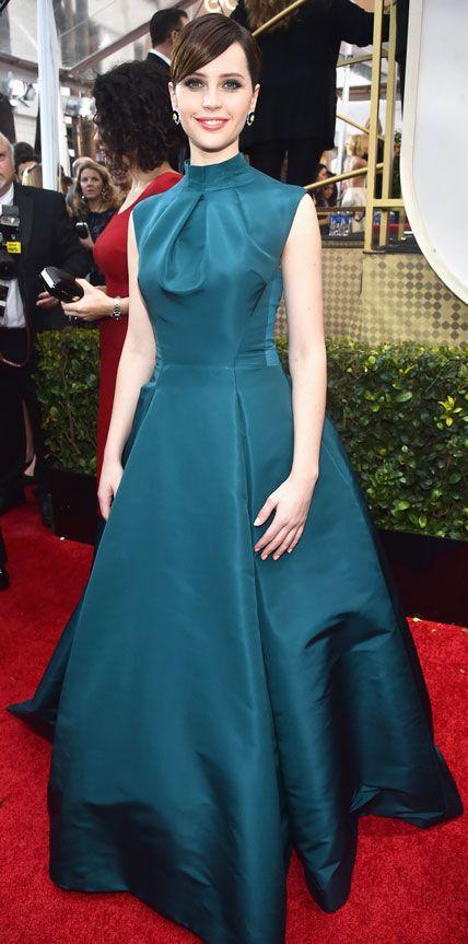 Golden Globes 2015: Red Carpet Arrivals - Felicity Jones from #InStyle #2015goldenglobes #redcarpet