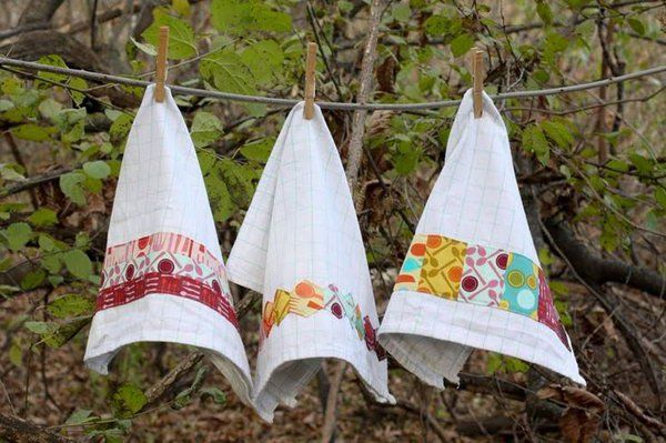 Embellished Dishtowels. It is a very practical gift idea for moms. These embellished dishtowels can make your mom's kitchen more beautiful and distinctive. http://hative.com/creative-diy-gifts-for-mom/