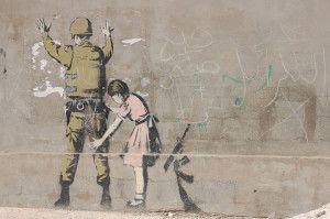 decouvrez-le-celebre-street-art-de-banksy-a-travers-80-oeuvres27