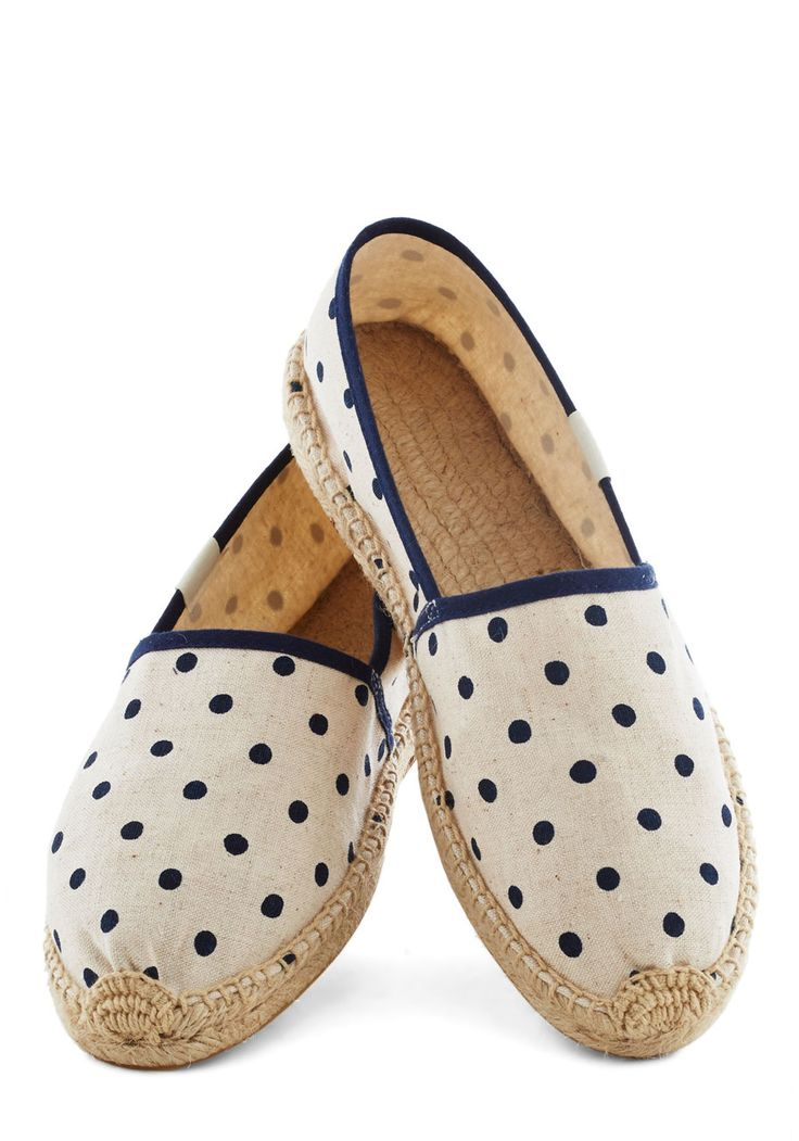 Poise of Summer Flat in Dots | Mod Retro Vintage Flats | ModCloth.com