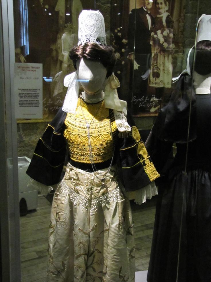 Costume traditionnel bigouden. Musée de Pont L'Abbé