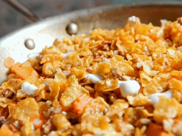 Sweet potatoes with crunchy topping - just made these (w/o marshmallows) and they are the best sweet potatoes I have ever had!