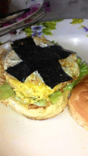 Burger telur seaweed: