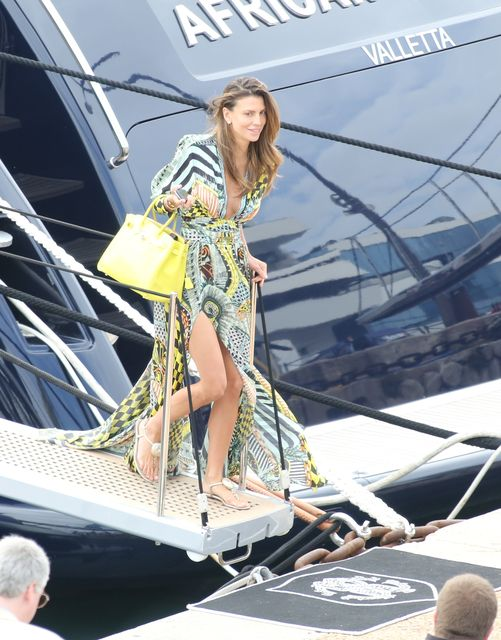 roberto cavalli r.c. yacht | Tutte le starlette di Cannes sullo Yacht di Cavalli