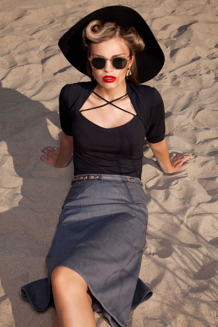 Kiss me baby (jupe/skirt)  - Mary Ann (boléro/bolero)