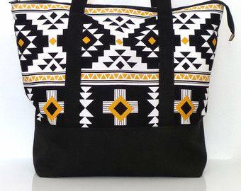 Bolso de totalizador Zippered grande gimnasio bolso / bolsa de viaje / noche bolsa playa bolsa / bolso de fin de semana / Print Tribal blanco y negro