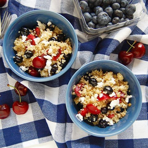 Happy Independence Day, USA! If you still need a quick side for your BBQs tonight, grab the ingredients for this Fruity Quinoa Salad now! Recipe at http://nutritiontofit.com/fruity-quinoa-salad/ (link in profile!)