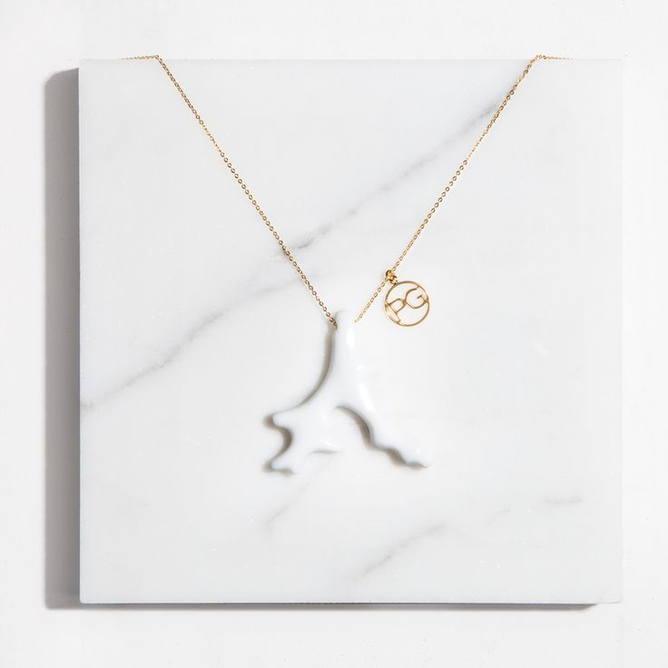 #Coral #Collar #Porcelana --> http://www.purificaciongarcia.com/es/mujer/mujer-accesorios-bisuteria/florida-collection.html #purificaciongarcia