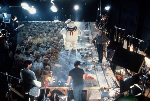 Ghostbusters behind the scenes photo - via Flavorwire's 25 Behind the Scenes Movie Photos that will mess with your Mind