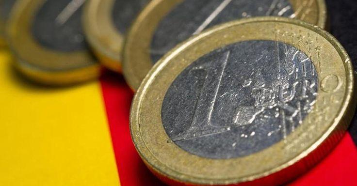 News: Deutsche Staatsanleihen - Negativzinsen: Bund verdient 12 Milliarden - durch neue Schulden  - http://ift.tt/2iQQVH3 #story