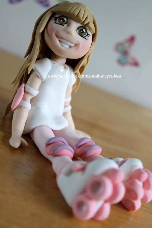 Rollerskate girl 1, for more see my fb page at https://www.facebook.com/zoesfancycakes