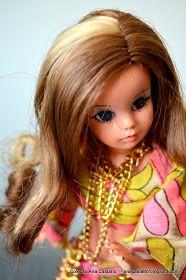 Chegaram de viagem dois belíssimos exemplares de bonecas Susis, famosas Susis de mecha no cabelo, Boneca Susi cabelo preto com mecha clara...