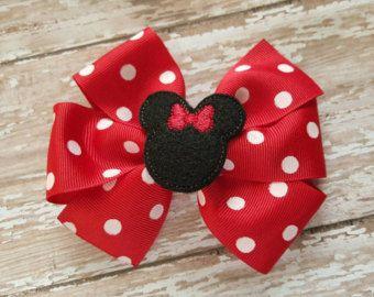 Clips de oreja brillante Minnie Mouse con orejas por TheLuckyLily