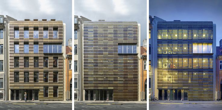 La nuova sede della Trollbeads House, progettata da BBP Arkitekter, ha una facciata dinamica, che si anima e si trasforma nel corso della giornata. Il rivestimento è in elementi perforati in lega dorata di rame.