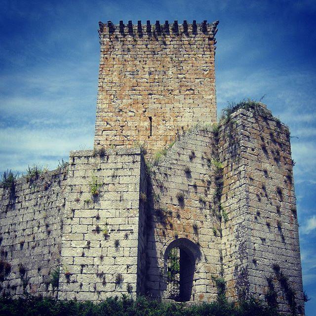 """""""#acoruña #castillomoeche #moeche #castle"""" Photo taken by @mltorresl on Instagram, pinned via the InstaPin iOS App! http://www.instapinapp.com (10/16/2015)"""