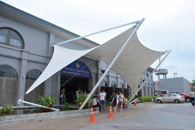 Tenda Membrane Pusat Pertokoan