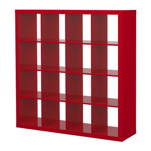 Un tocco di rosso a casa mia...AMO la mia libreria!
