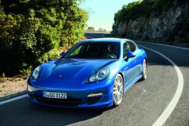 Police investigating sports car 'death race': Green Vehicles, Sports Cars, Porsche Panamera, 2012Porschepanamera Shybrid, Panamera Hybrid, 2014 Panamera, Green Cars, 2013 Porsche, Cars Blue