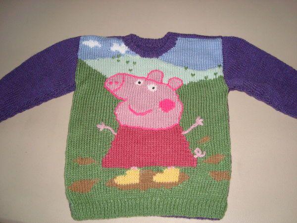 Knitting Pattern For Gruffalo Jumper : 17 Best images about Peppa pig knit charts on Pinterest Punto de cruz, Patr...