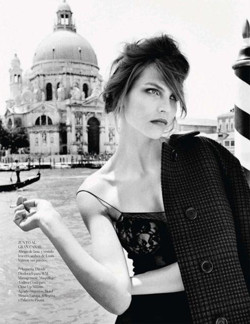 Karlina Caune su Vogue Spagna di Ottobre