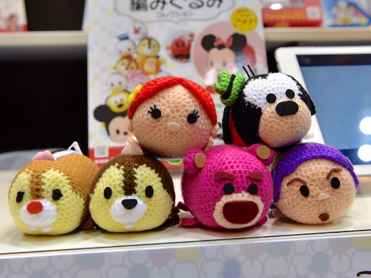 If you enjoy Disney Tsum Tsums and crochet,then this is the perfect product for you! From Hachette Collection Japan, get ready to knit your own Disney Tsum Tsum character with the Disney Tsum Tsum Crochet Collection. MinnieMouse and Mickey Mouse are included in the introductory kit to be released