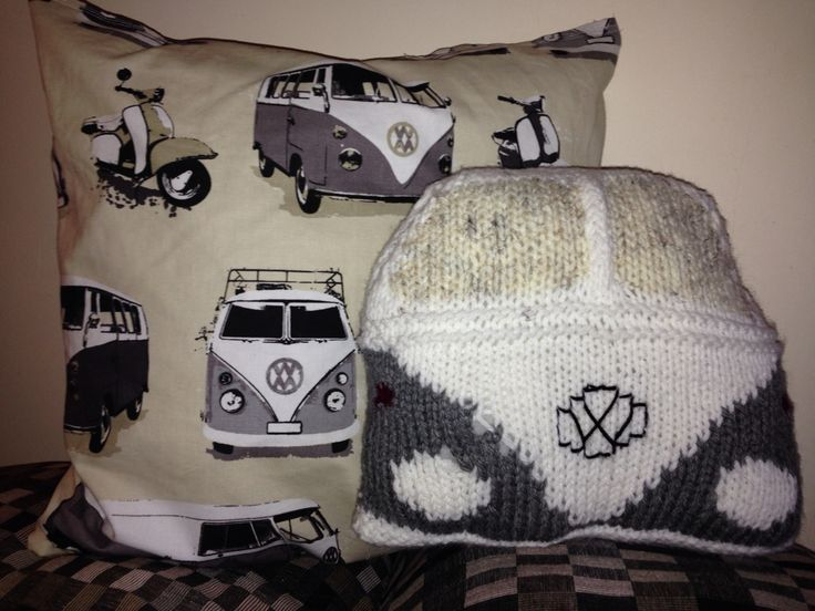 My attempt at knitted Camper Van