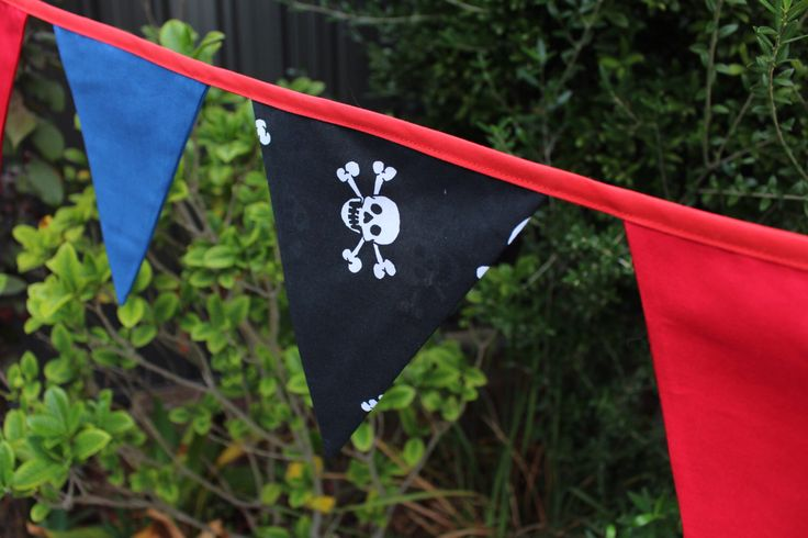 Pirate Bunting by WisbeyStreet on Etsy https://www.etsy.com/au/listing/398648419/pirate-bunting
