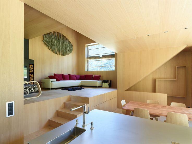 Barn Conversion| Savioz Fabrizzi Architectes (© Thomas Jantscher)