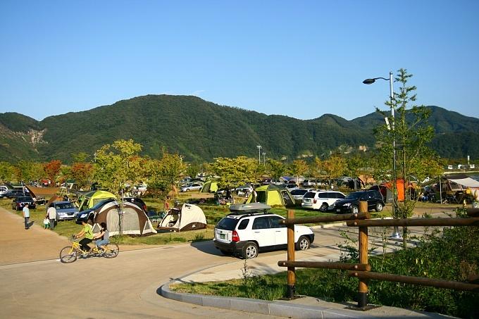 자라섬 오토캠핑장