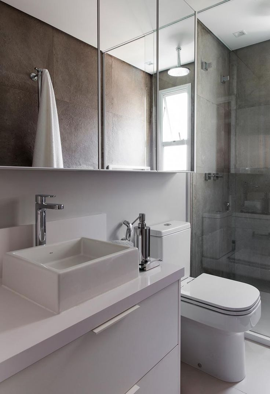 Banheiro Branco Cinza Bruto Elegante Porcelanato