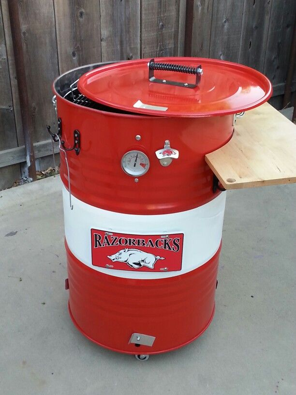 My Arkansas razorback uds smoker. Just finished it. Now its time to season it to use this weekend. Took me a little bit to get it done. But well worth the wait.