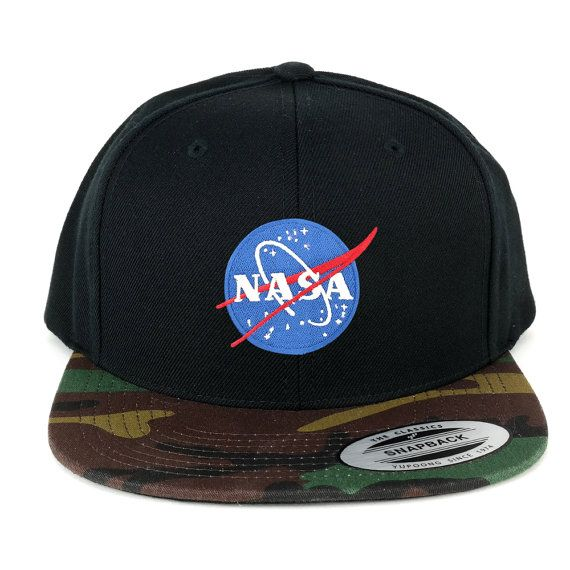 edc589967cc FLEXFIT NASA Small Insignia Space Embroidered Patch Snapback Cap with Camo  Visor (6089TC-Insignia-Sm