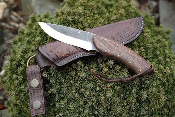Nože Trpálek - ručně vyráběné nože, nože na zakázku -