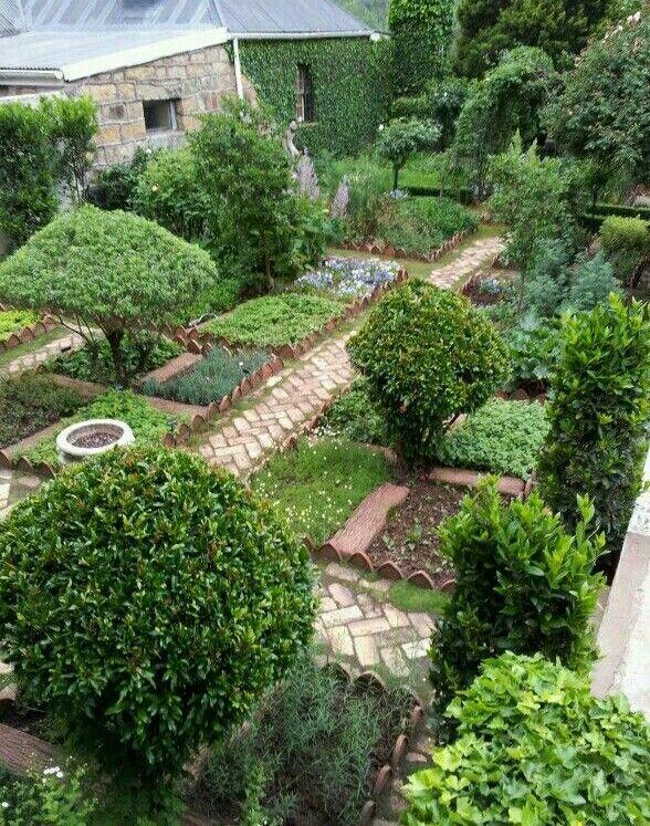 Great Potager Kitchen Garden Plan. Beautiful brick path makes this