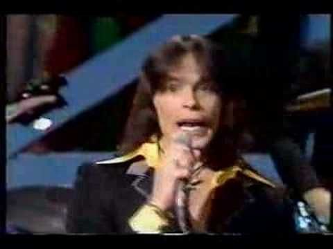 Showaddywaddy, Under The Moon Of Love - YouTube On Top of The Pops I used to race round to my Nans to watch this with her :) Happy memories