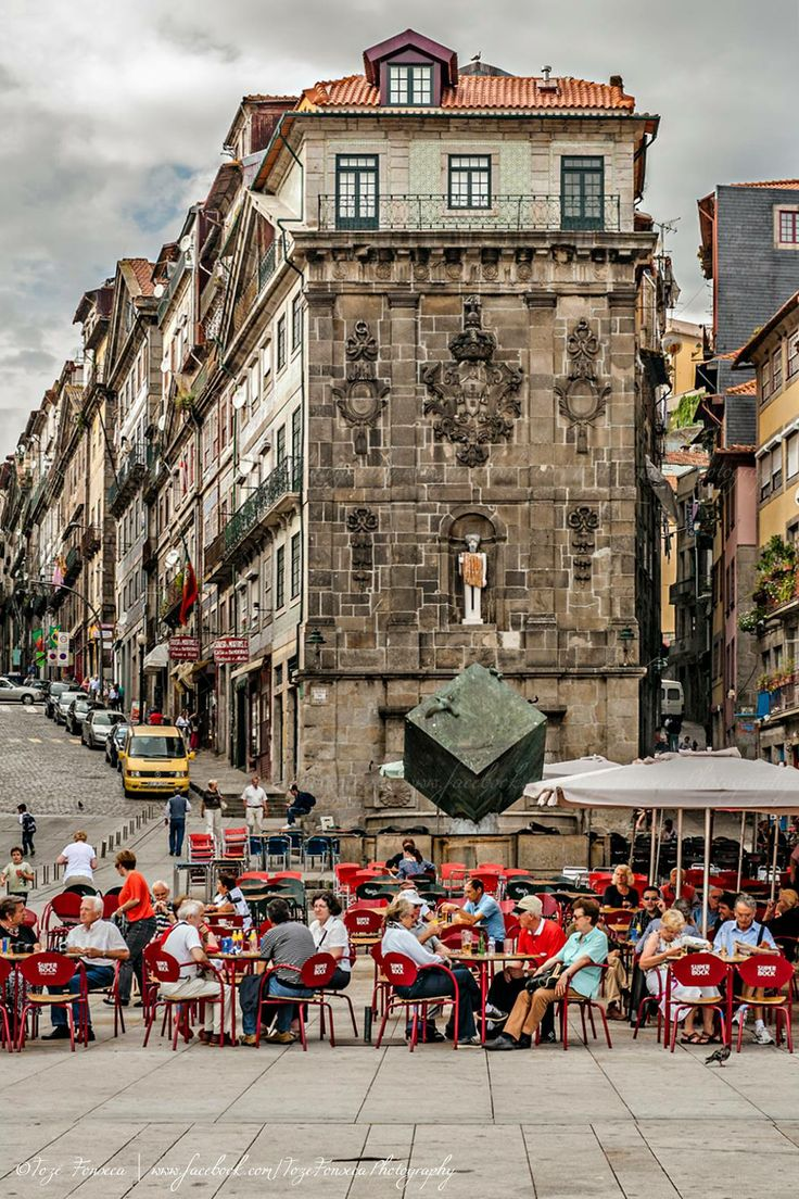 Praça da Ribeira - Porto: historic buildings, modern art, warm terraces, blessed by the sun - urban day-to-day life in #Portugal- missing my home away from home!