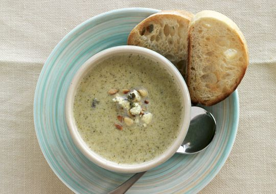 This Broccoli and Blue Cheese Soup makes the ideal lunch or dinner on a cold day. Yum!