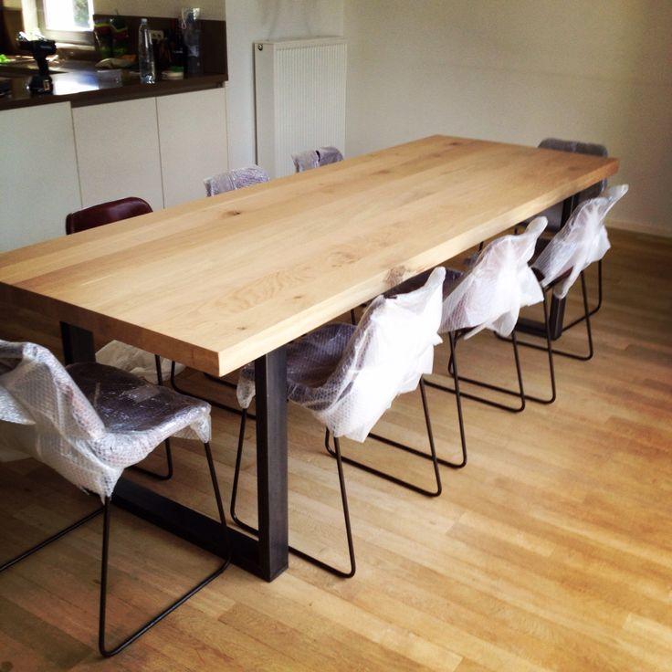 Prachtige eiken maatwerk tafel van maar liefst 6 cm dik massief eikenhout