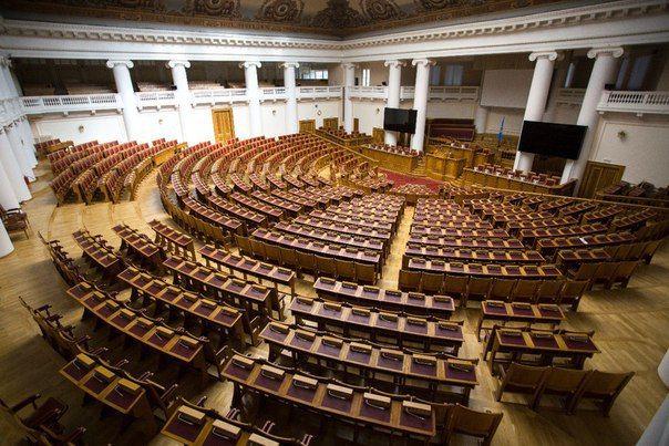 В постсоветское время передан в распоряжение Межпарламентской ассамблеи государств-участников СНГ. В здании проходило несколько выездных заседаний Государственной думы и Совета Федерации.