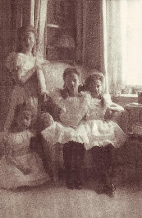 Olga, Tatiana,Maria, Anastasia