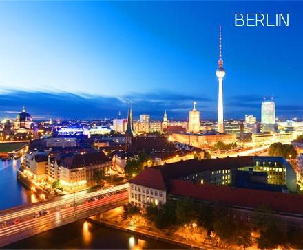 die besten 25 fernsehturm berlin restaurant ideen auf. Black Bedroom Furniture Sets. Home Design Ideas
