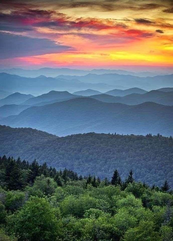 Blue Ridge Mountains Sunrise Scenic Landscape Mountain Sunset Blue Ridge Parkway