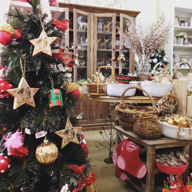 #theminerscouch #christmas #comeonin #open #festive #fun #glitter #timber #rustic #style #shopping #moonta