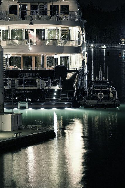 Night Yacht